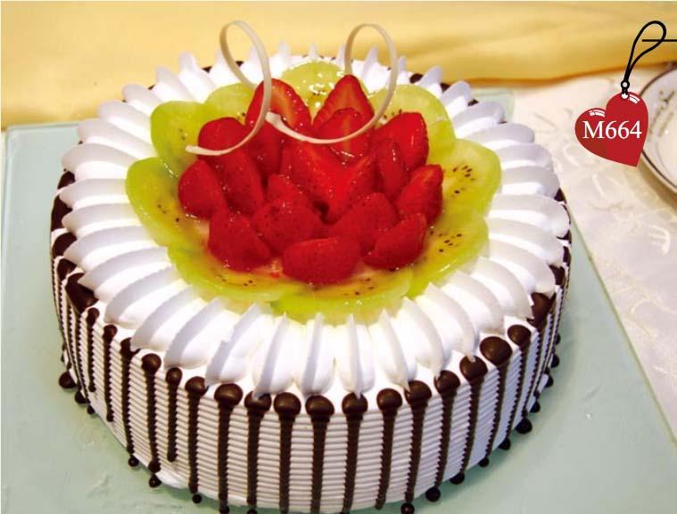 南京生日蛋糕:甜蜜港湾